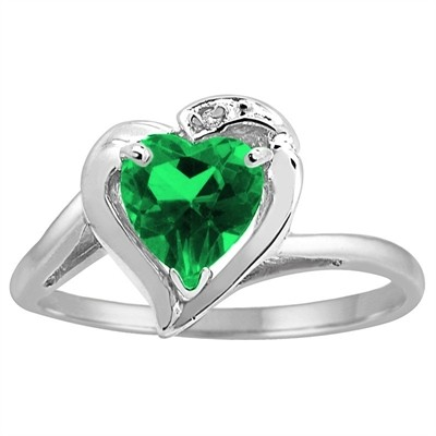 lab with earrings shaped cz heartshaped stud gold labcreated v in heart p emerald created