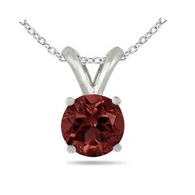 1.35Ct Round Garnet Pendant in 14k White Gold