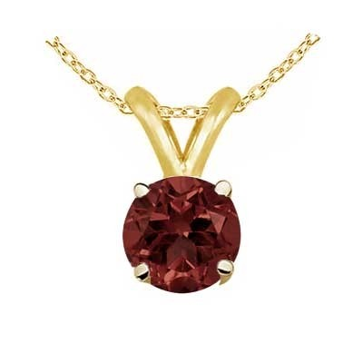 2Ct Round Garnet Pendant in 14k Yellow Gold