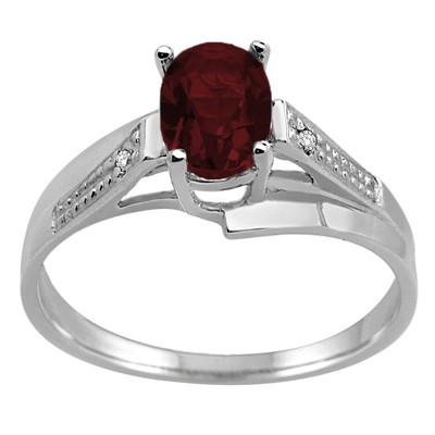 Oval Garnet and Diamond Wave Ring in 10K Gold