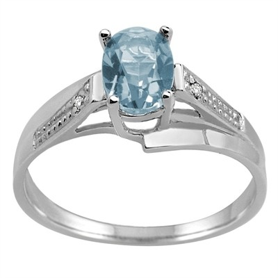 Oval Aquamarine and Diamond Wave Ring in 10K Gold