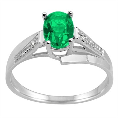 Oval Emerald and Diamond Wave Ring in 10K Gold