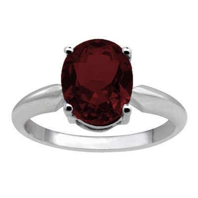 0.90Ct Oval Garnet Solitaire Ring in 14k Gold