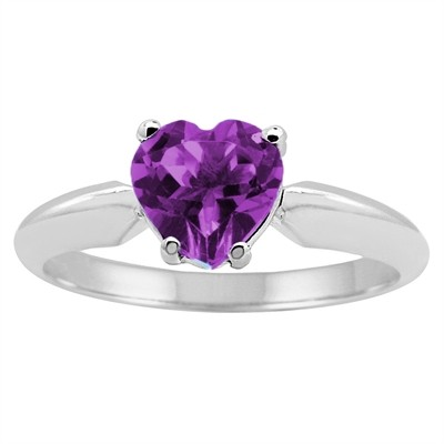 0.65Ct Heart Amethyst Solitaire Ring in 14k Gold