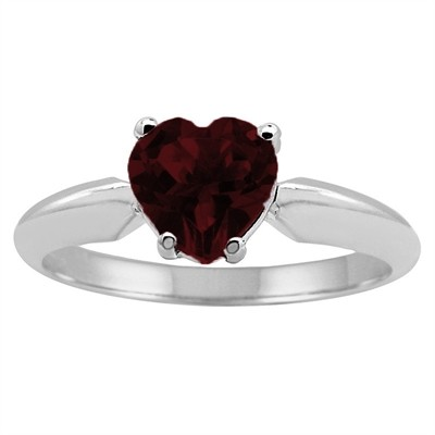 0.89Ct Heart Garnet Solitaire Ring in 14k Gold
